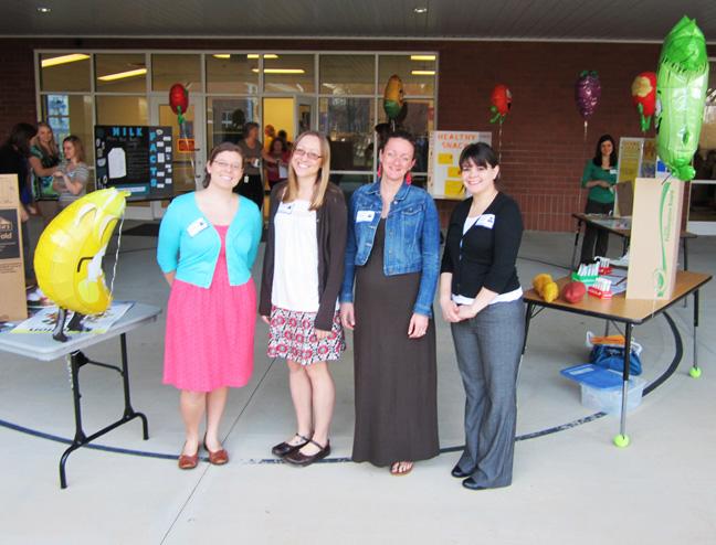 NGSA volunteering at Oak Ridge Elementary School 4