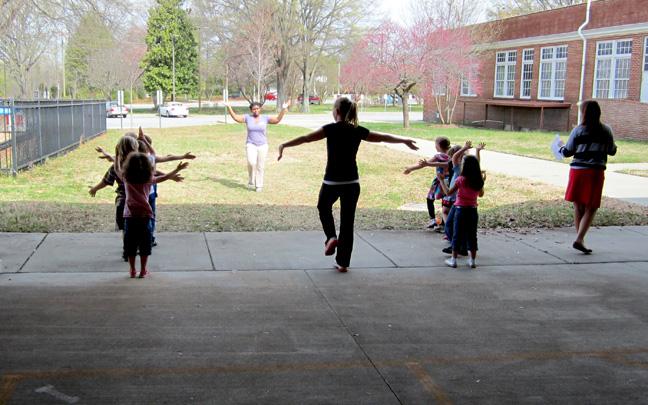 NGSA volunteering at Oak Ridge Elementary School 5
